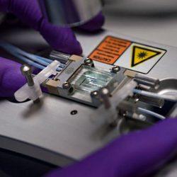 توسعه صنعتی کیت هایی که برای صنعت دارو، نانوذرات تولید میکنند